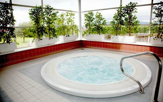Hotels west coast ireland driving holidays irish ferries for Glasshouse hotel sligo swimming pool